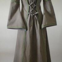 Dos de la première robe Mady