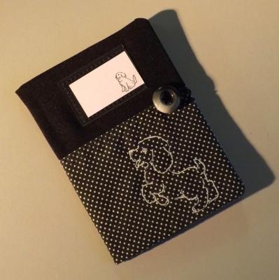 """Housse de carnet de santé pour chien """"Nono"""" noir à chien gris"""