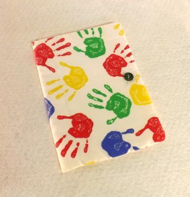 """Housse de carnet de santé pour enfant """"Gus"""" imprimée main n°2"""