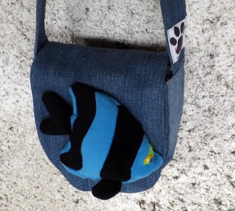 """Sacoche enfant """"Kaline"""" jeans bleu délavé et poisson"""