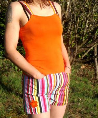 "Combi-short ""Krach"" orange à rayures"