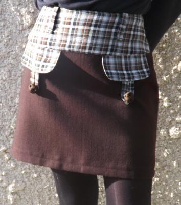 Jupe de tailleur courte Nathy marron et carreaux