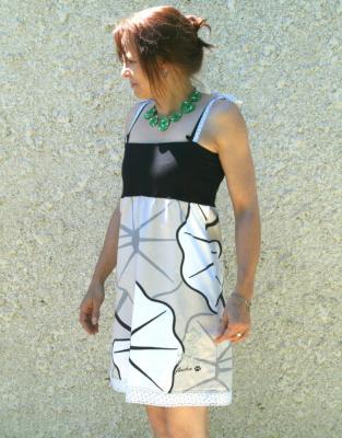 """Robe courte bustier """"Soléa"""" noire et feuilles"""