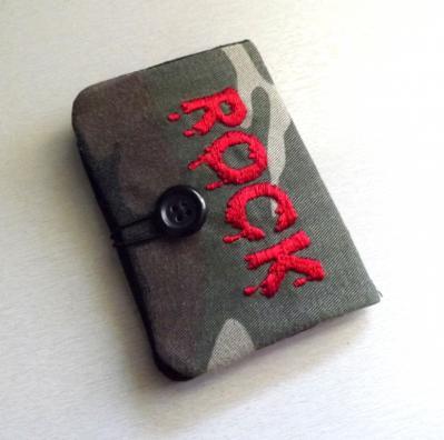 """Porte cartes homme, """"Tébo"""" camouflage et message ROCK"""