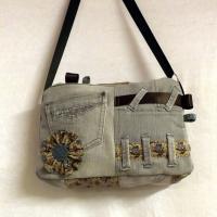 Sac valisette Noxy jeans gris et fleurs bleues