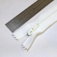 Fermeture à glissière fine 15 cm blanc cassé