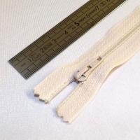 Fermeture à glissière fine 15 cm crème