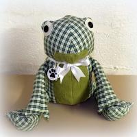 Peluche grenouille n°1 à carreaux verts