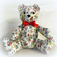 Peluche ours n°1 à fleurs